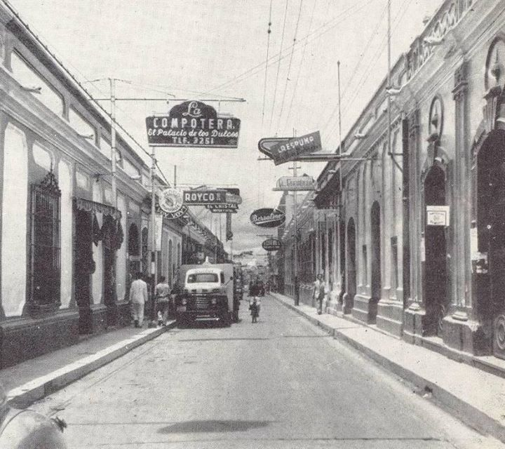 Antigua Calle del Comercio. Años 30
