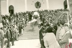 Restos del ex mandatario Raúl Leonia su salida del Congreso Nacional