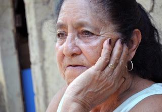Berta Burgos heredó el arte de la tierra y la creación de vasijas en La Piedad