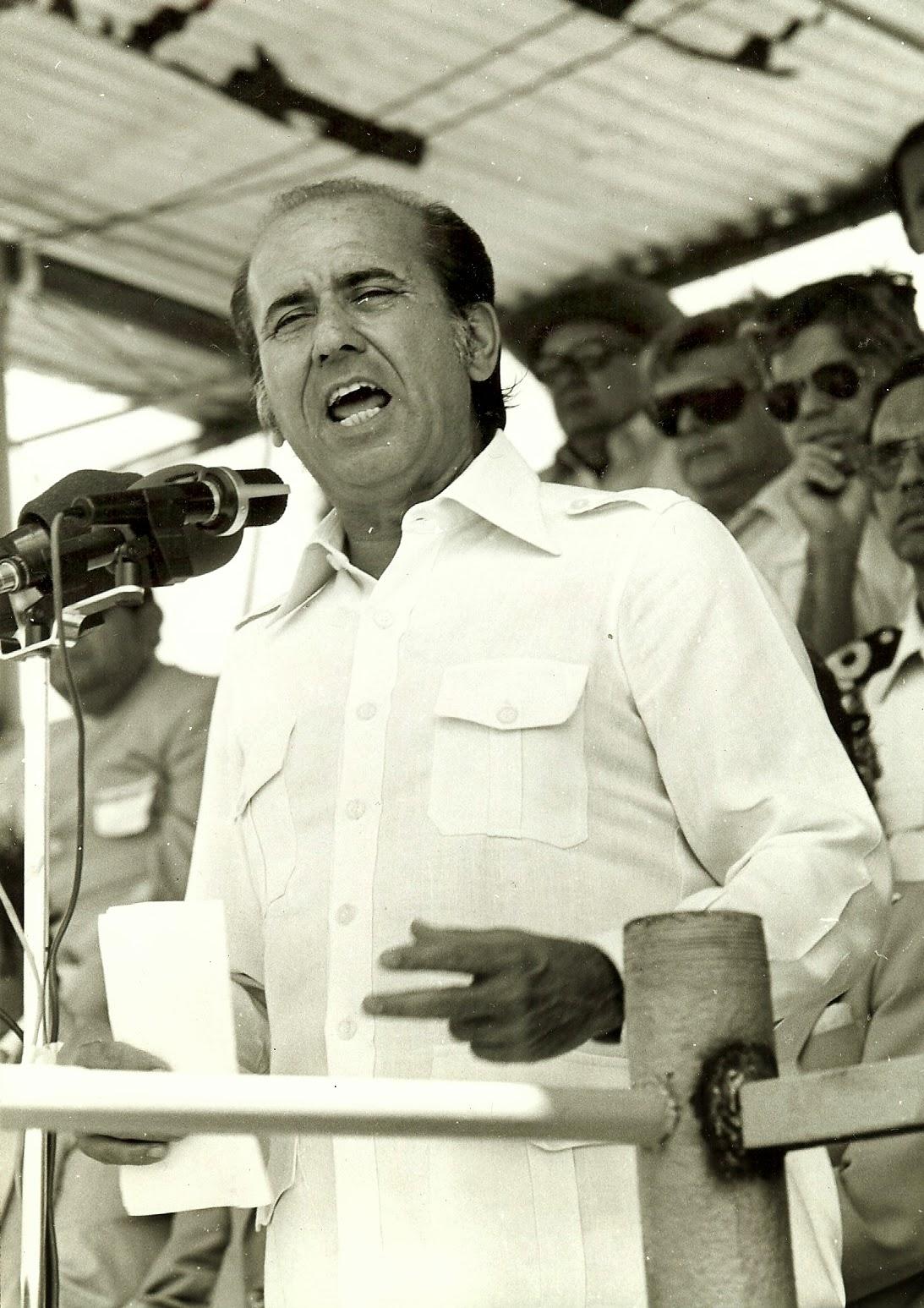 Carlos Andrés Pérez, ese hombre sí camina