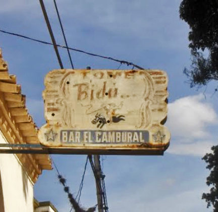 Añejo aviso de El Cambural con su gauchoen el corcel,imagen de lafamosa Bidú