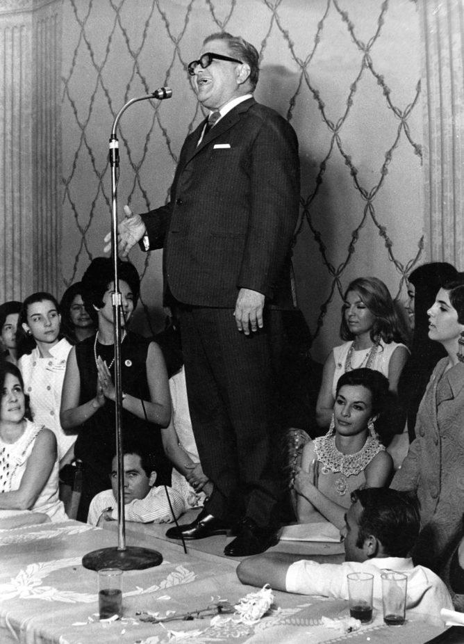 Gonzalo Barrios en la campaña electoral de 1968