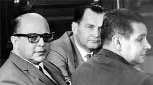 Pérez Jiménez con sus abogados defensores