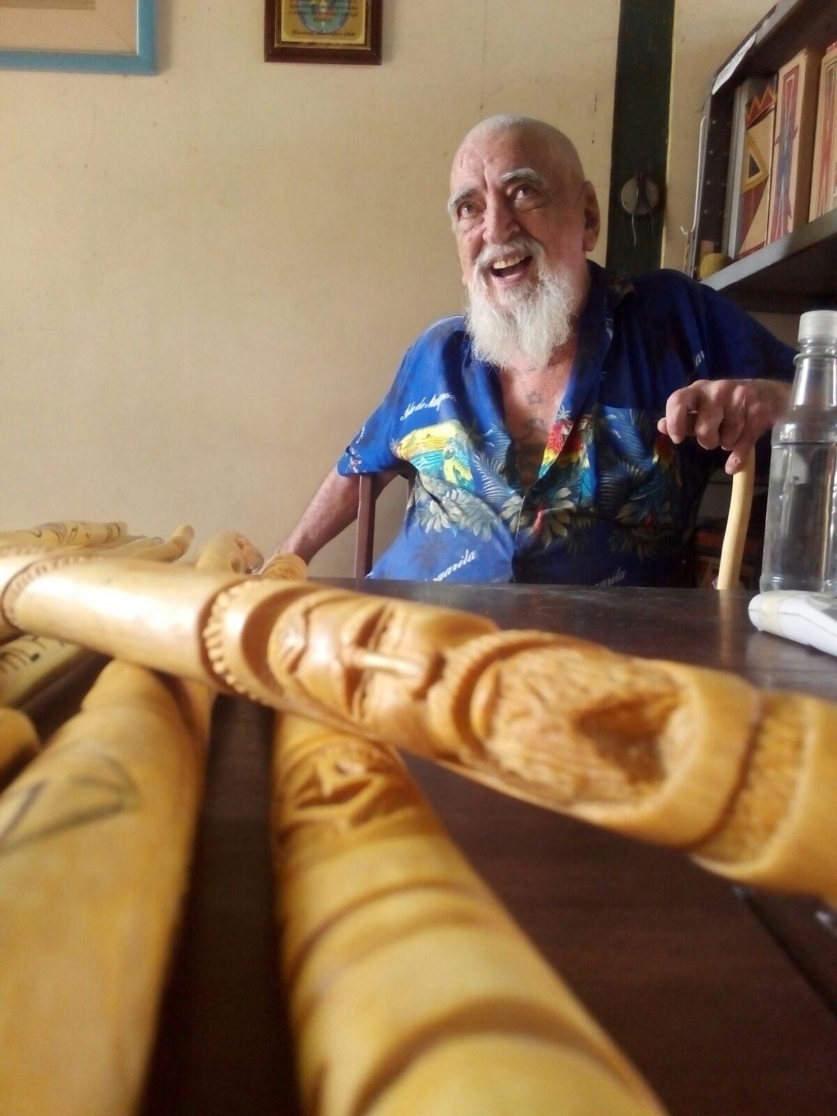 La despedida del maestro Eduardo Sanoja y a su patio de enseñanza