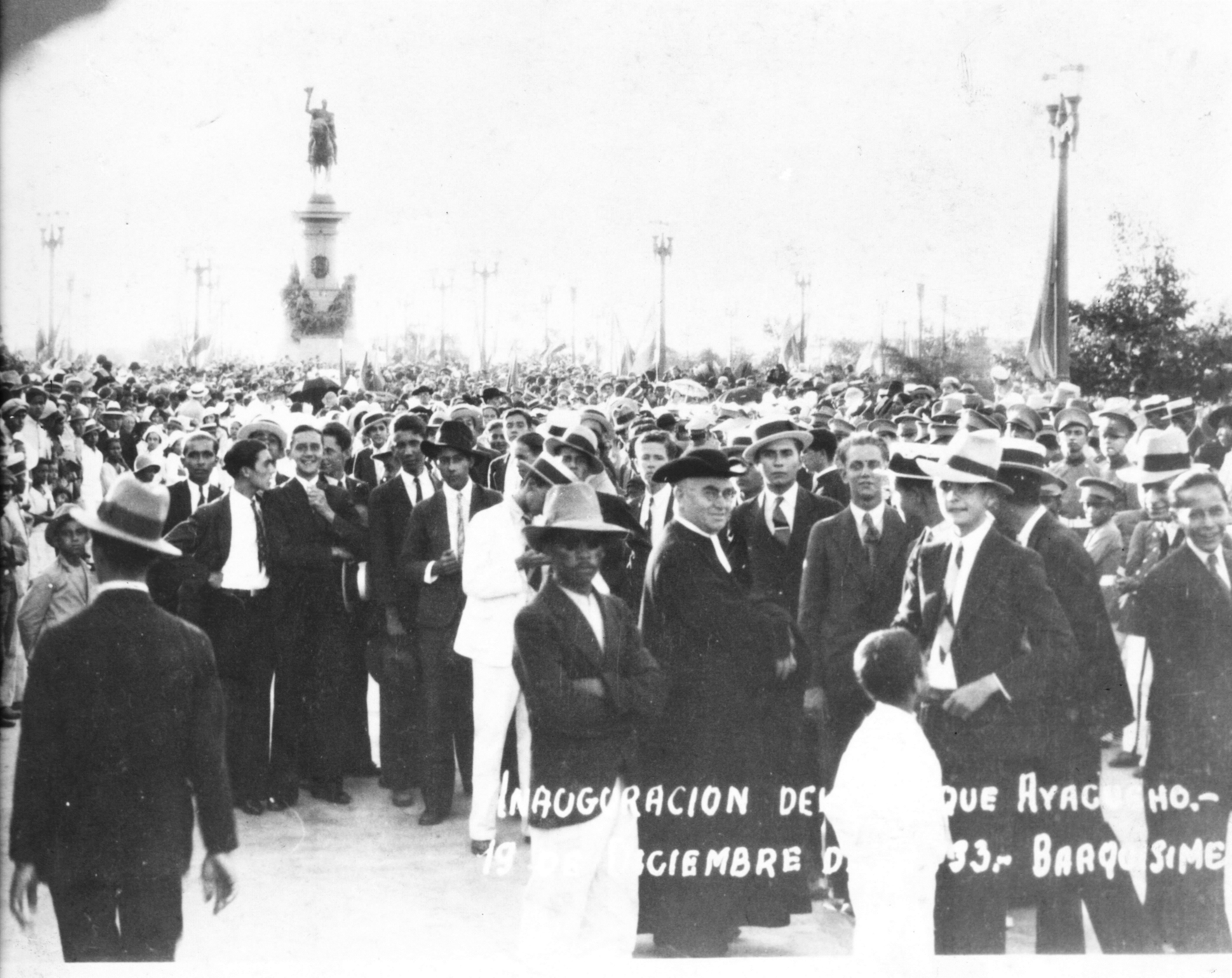 El destrozado y abandonado Parque Ayacucho se estrenó en 1933
